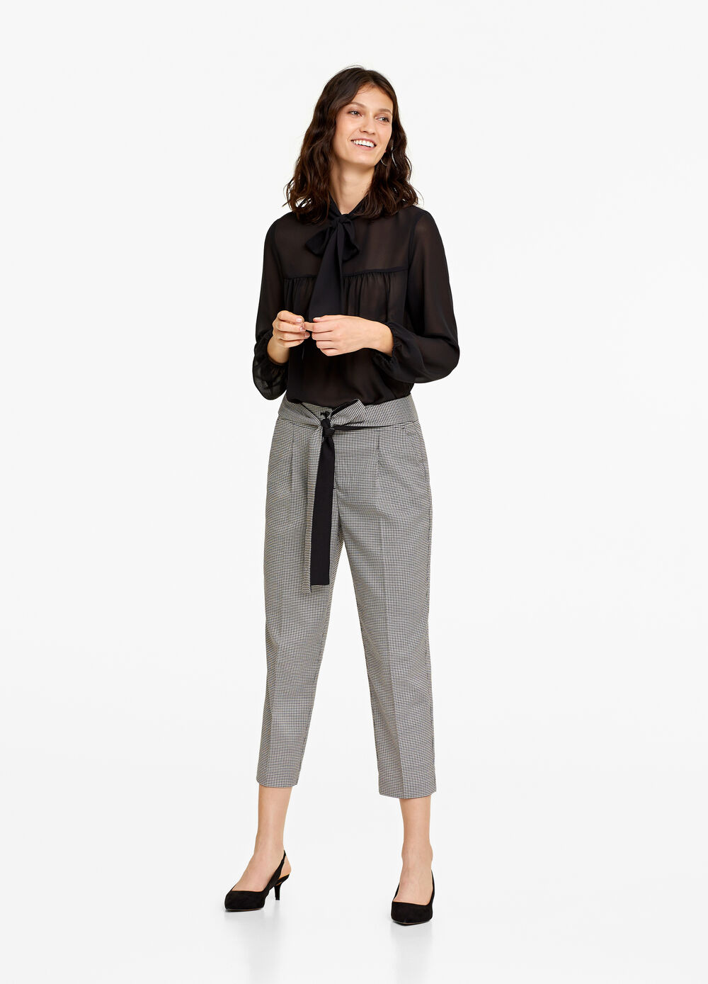 Crop trousers with micro check pattern