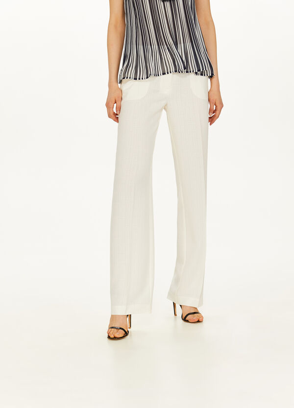 Elegant trousers with crease
