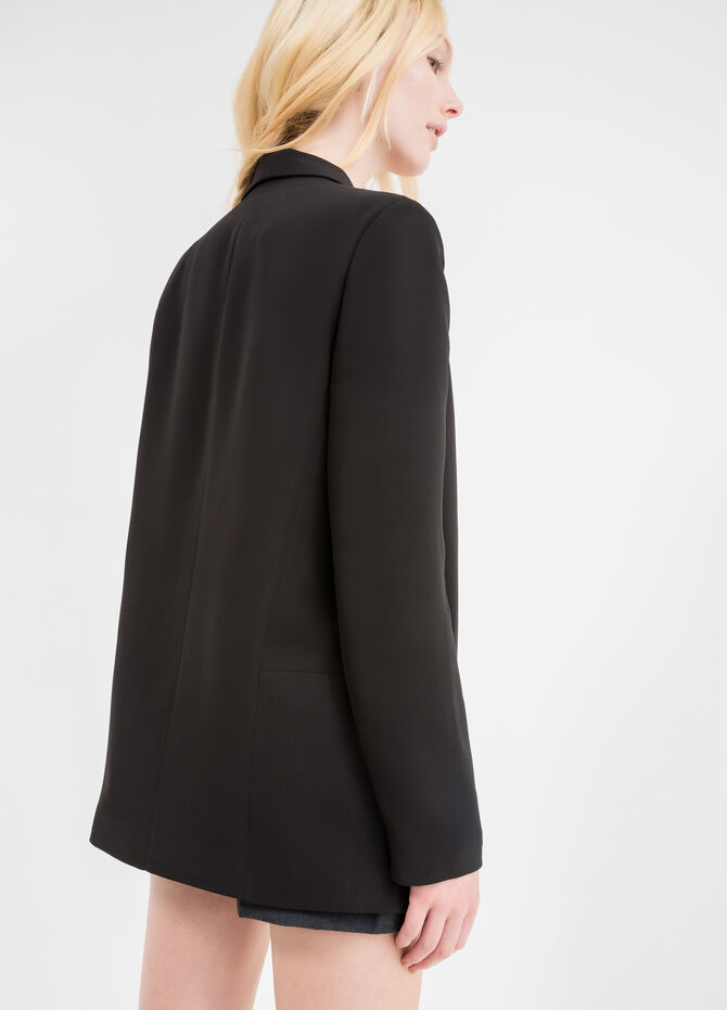 Elegant long jacket with lapels