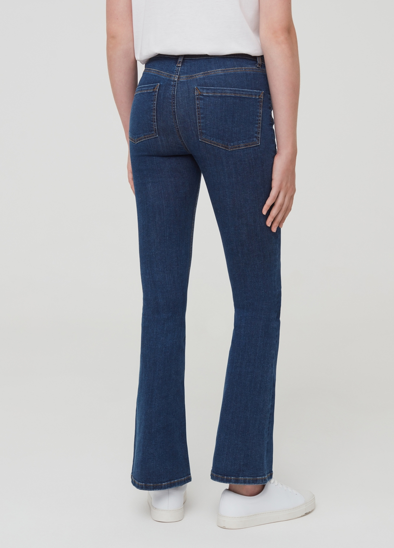 Jeans bootcut con ricamo floreale image number null