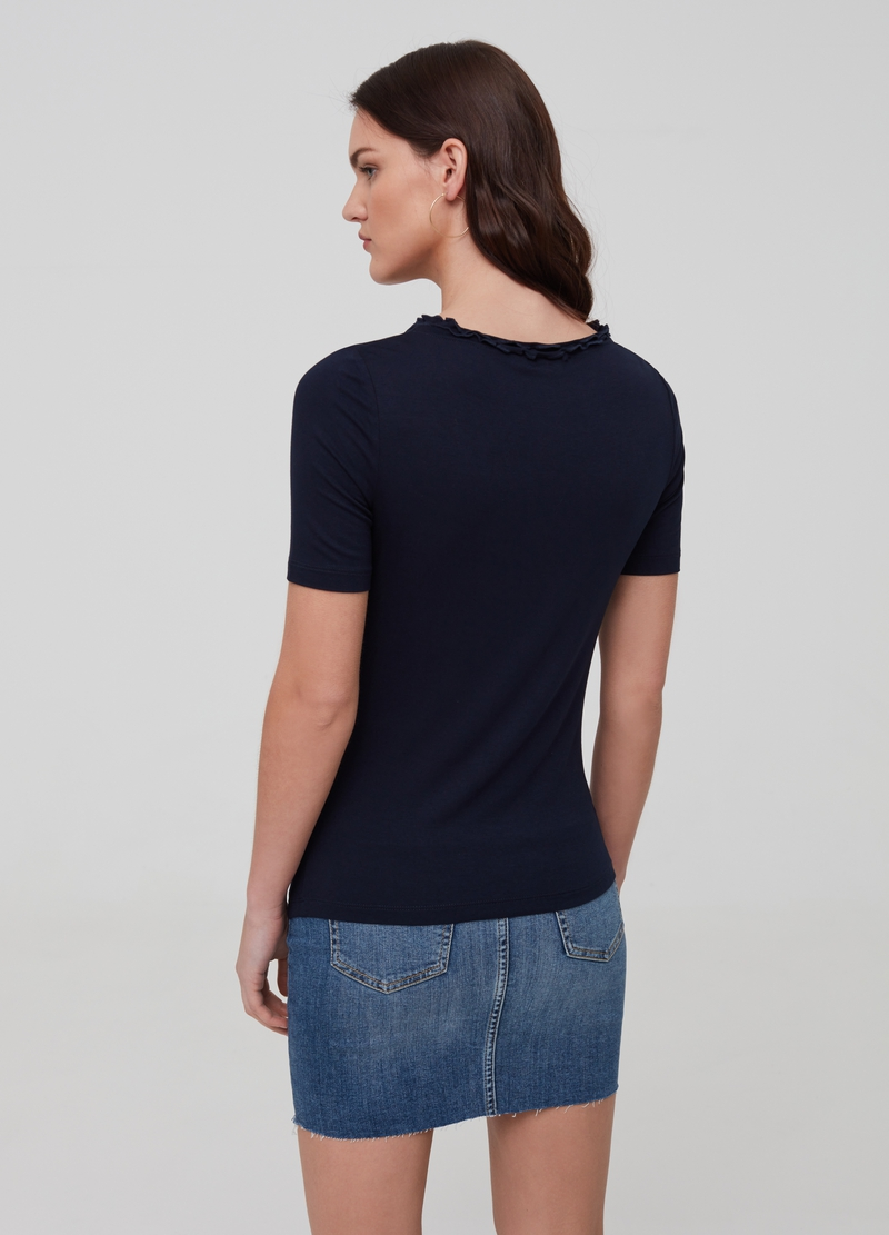 Solid colour stretch viscose T-shirt image number null