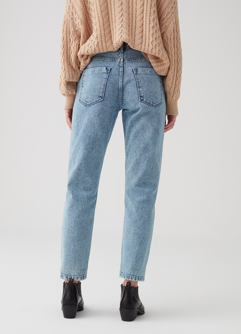 Jeans mom fit acid wash con taglio image number null