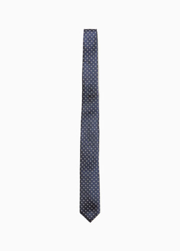 Silk tie with floral pattern