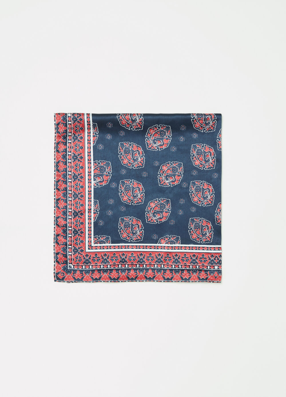 Satin scarf with paisley print