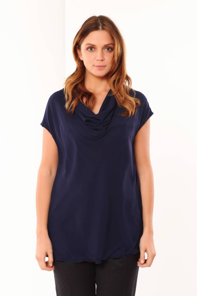 Curvy patterned blouse image number null