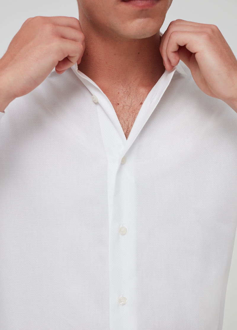 Slim-fit shirt in 100% cotton image number null