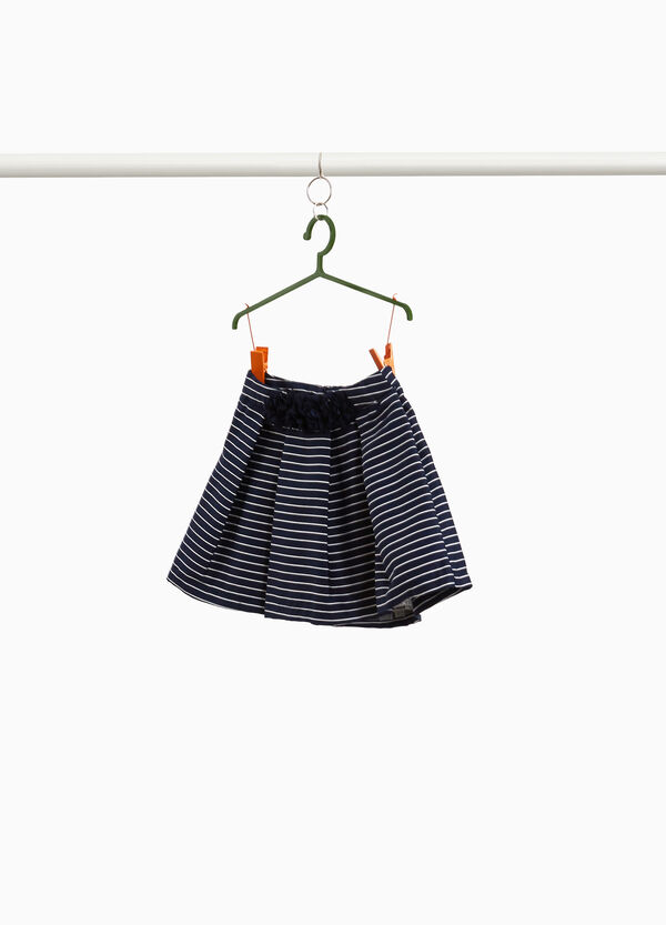 Pleated skirt with stripes and flowers