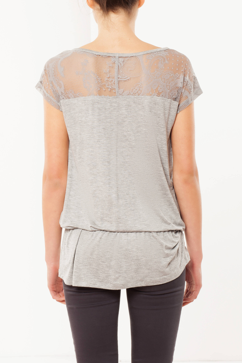 Embroidered T-shirt image number null
