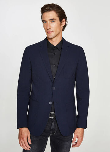 Elegant custom-fit jacket in viscose blend