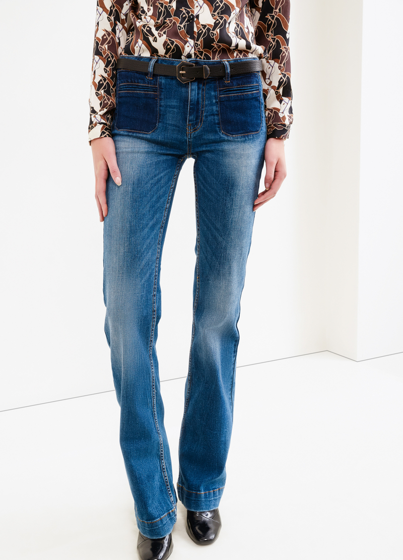 Jeans flare fit used con scoloriture image number null