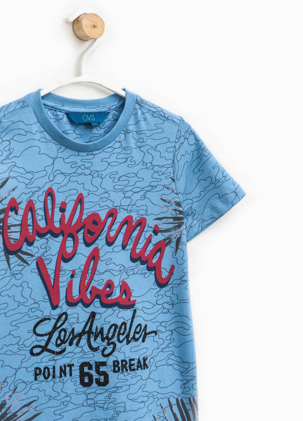 T-shirt fantasia con stampa lettering