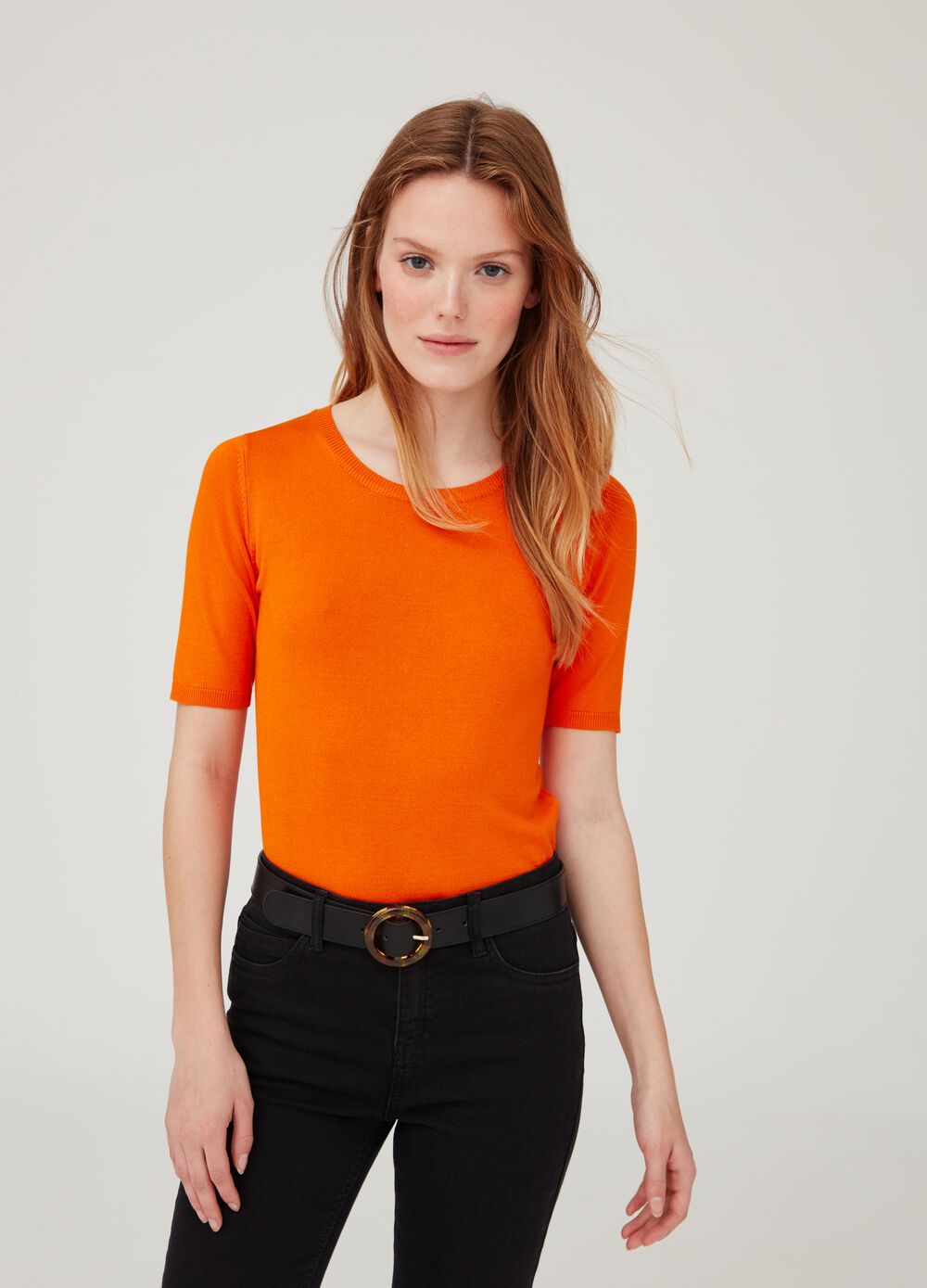 Pullover with ribbed neck and short sleeves