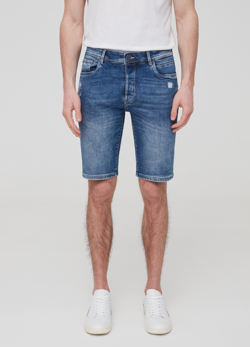 Slim-fit denim Bermuda shorts with five pockets image number null