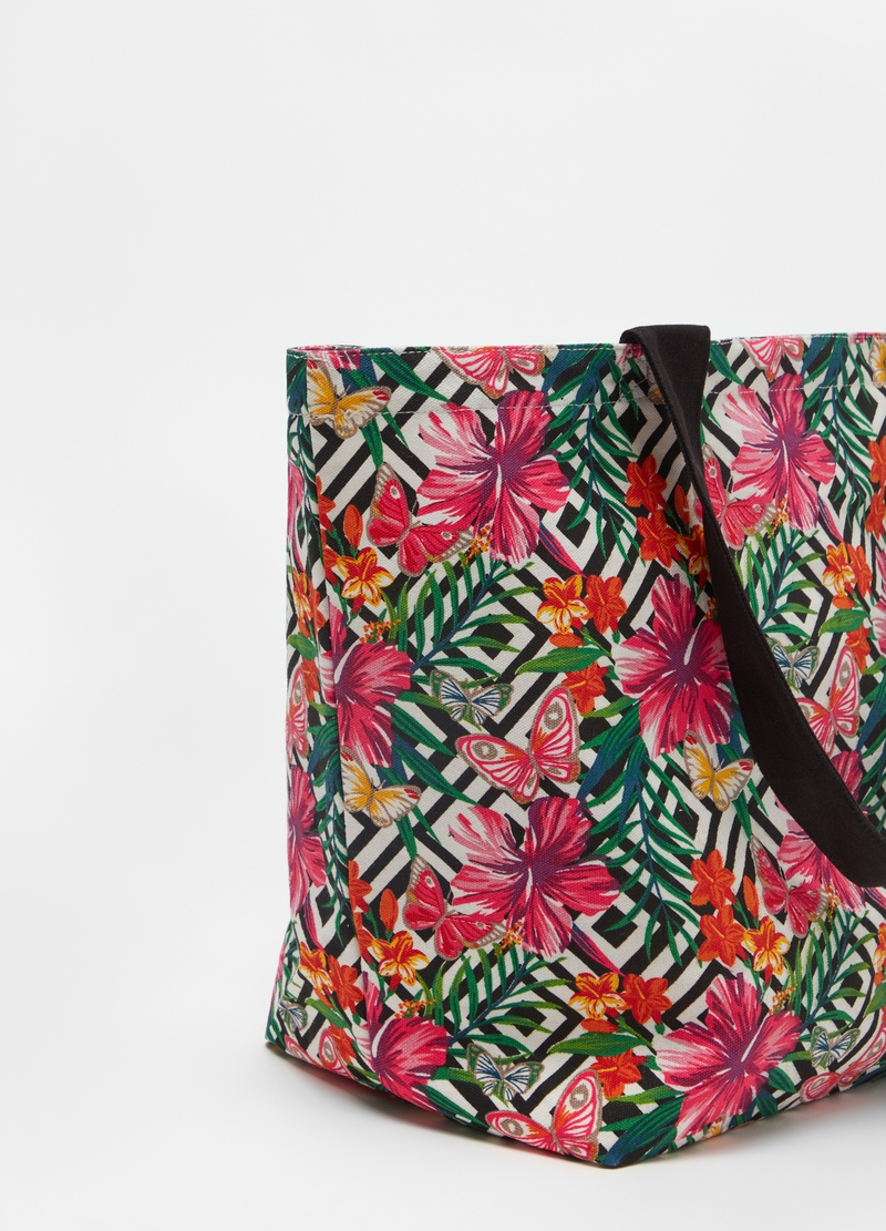 Patterned beach bag image number null