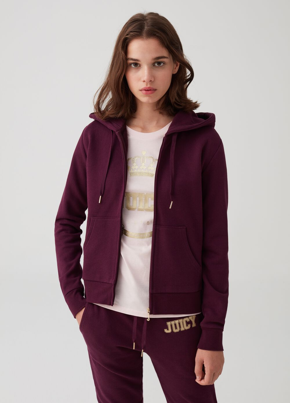 Solid colour sweatshirt with glitter print