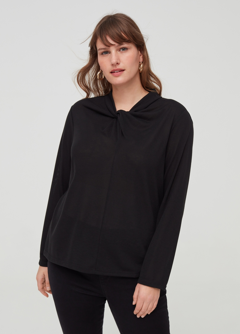 Curvy long-sleeved T-shirt with knot image number null