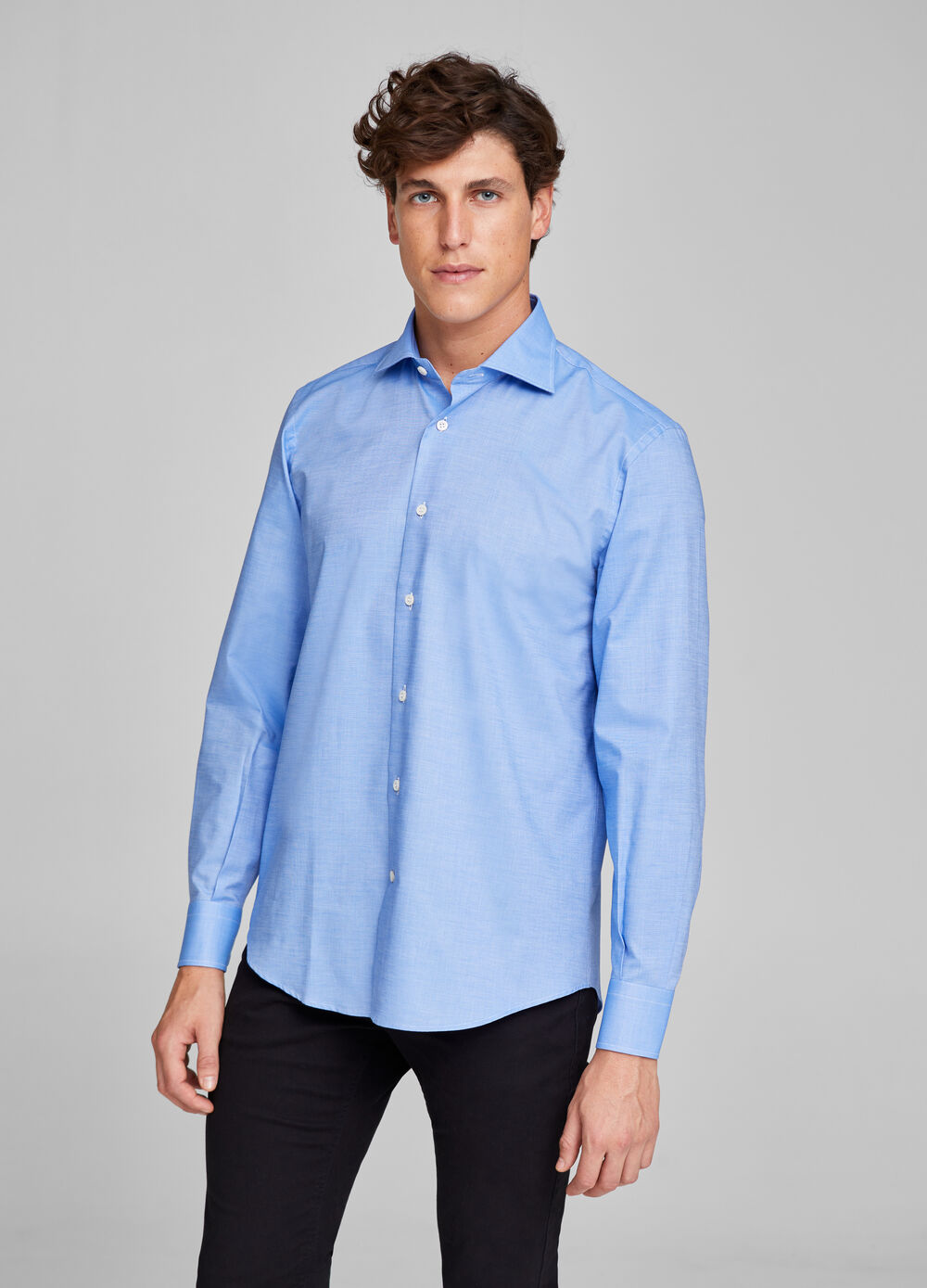 Regular-fit formal shirt with weave
