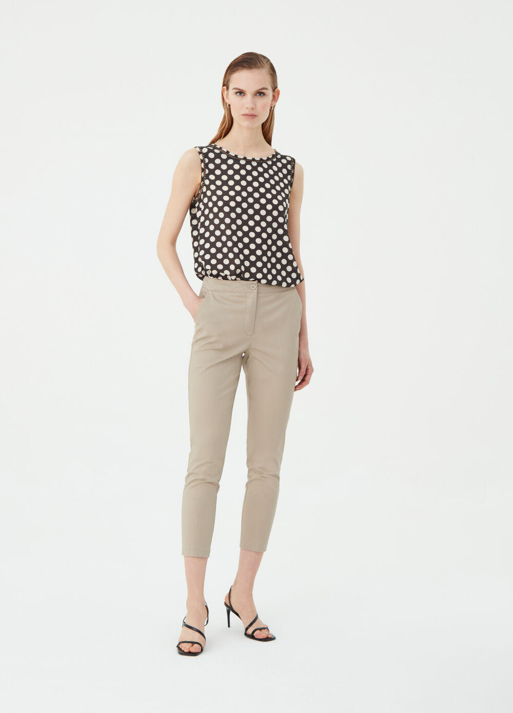 Pantaloni crop chino a sigaretta stretch