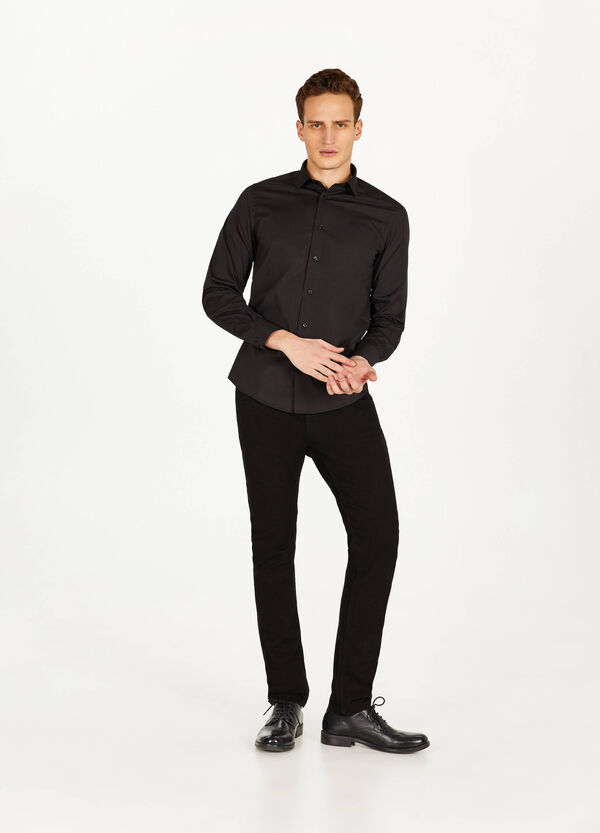 Slim-fit formal classic shirt