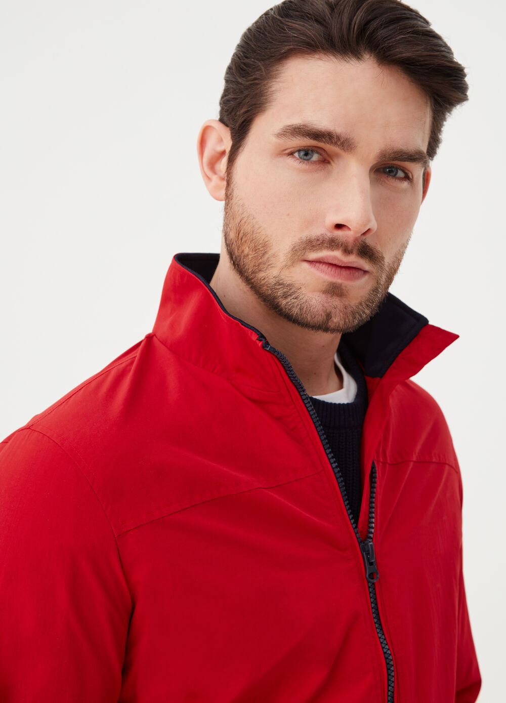 Solid colour jacket with ribbing