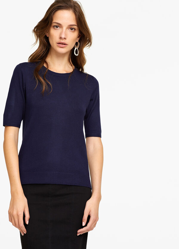 Solid colour pullover in viscose blend