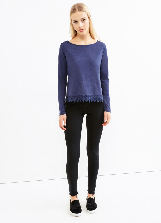 Solid colour viscose T-shirt with lace