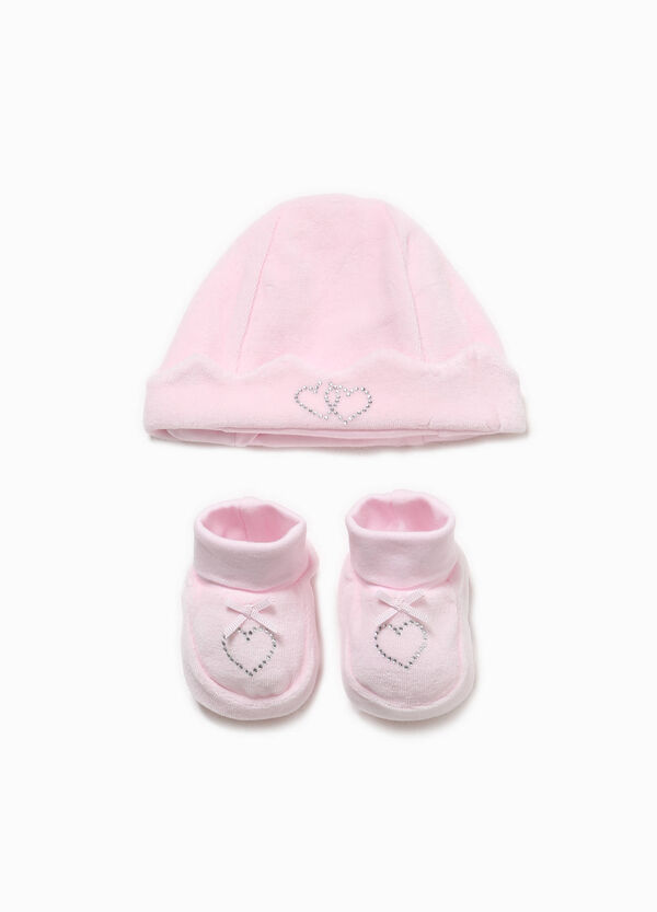 Hat and shoes outfit with diamantés | OVS