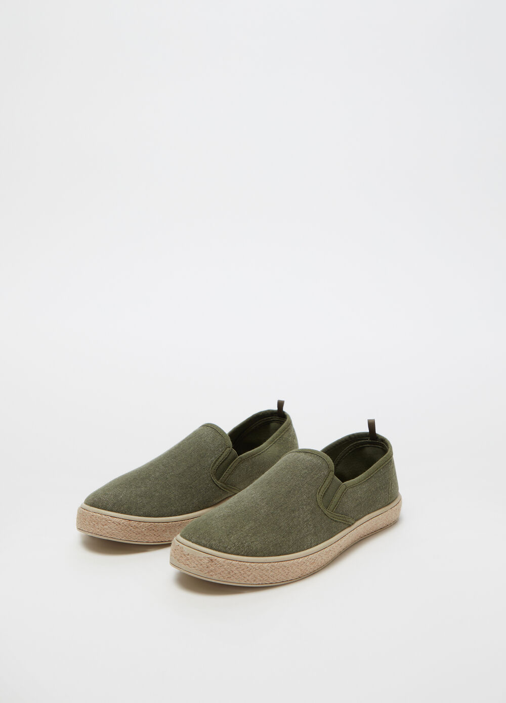Slip-ons with cord sole