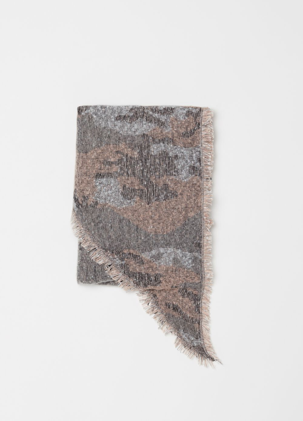 Large scarf with camouflage pattern