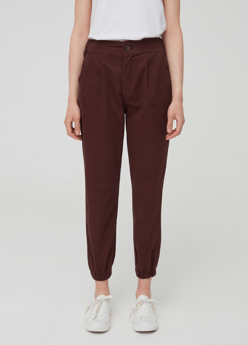 Solid colour trousers with darts image number null