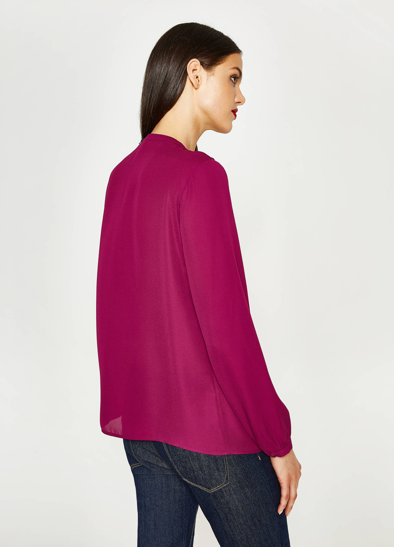 Blouse with opening and flounce image number null