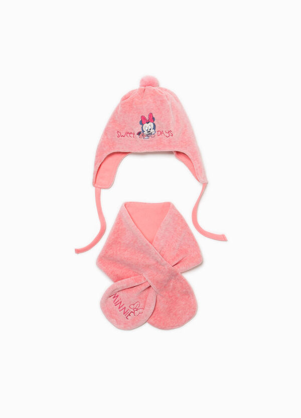 Minnie Mouse hat and scarf set