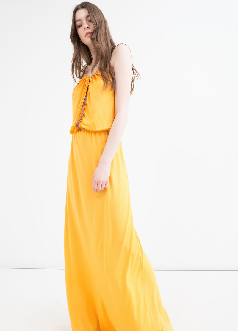 Long dress in 100% viscose with ties