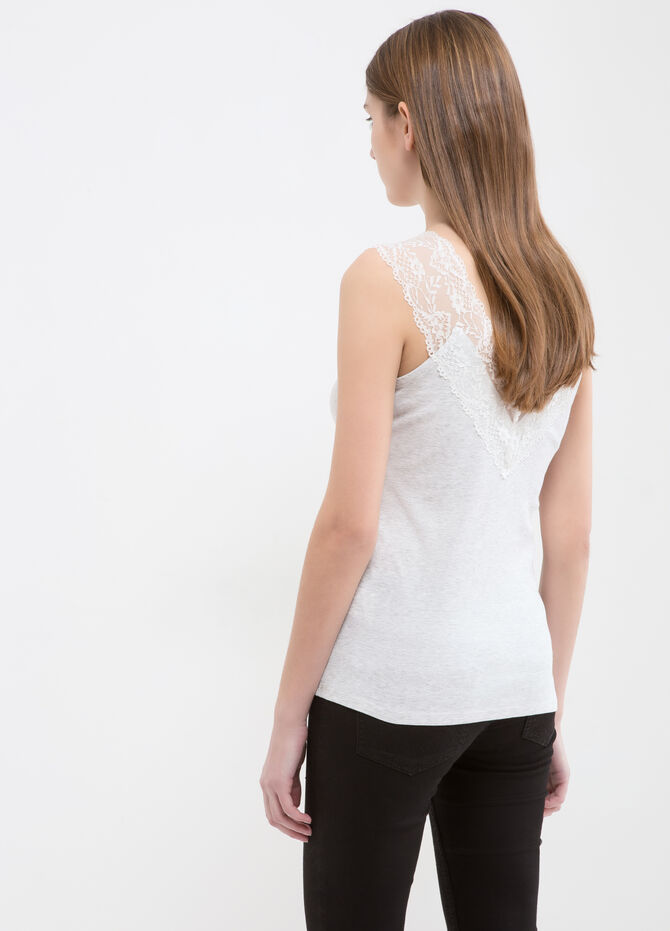 100% cotton top with lace