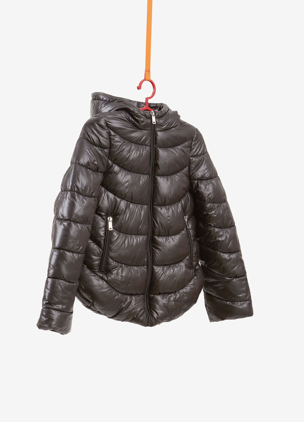 Solid colour down jacket with pockets