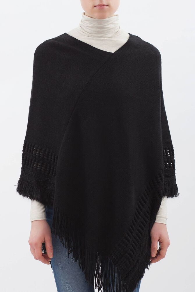 Solid colour poncho with fringe