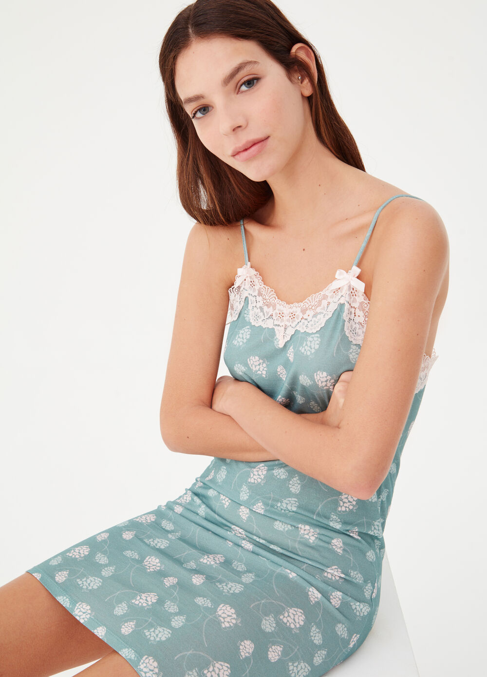 Jersey nightshirt with lace