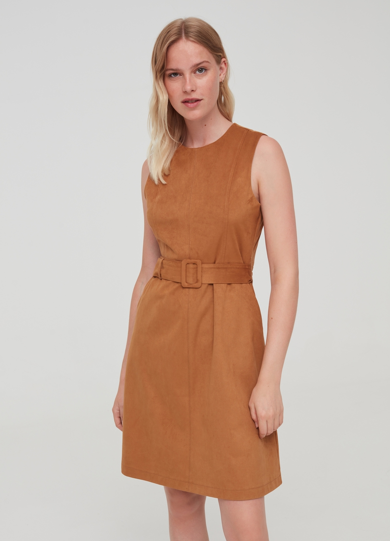 Suede-effect dress with belt image number null
