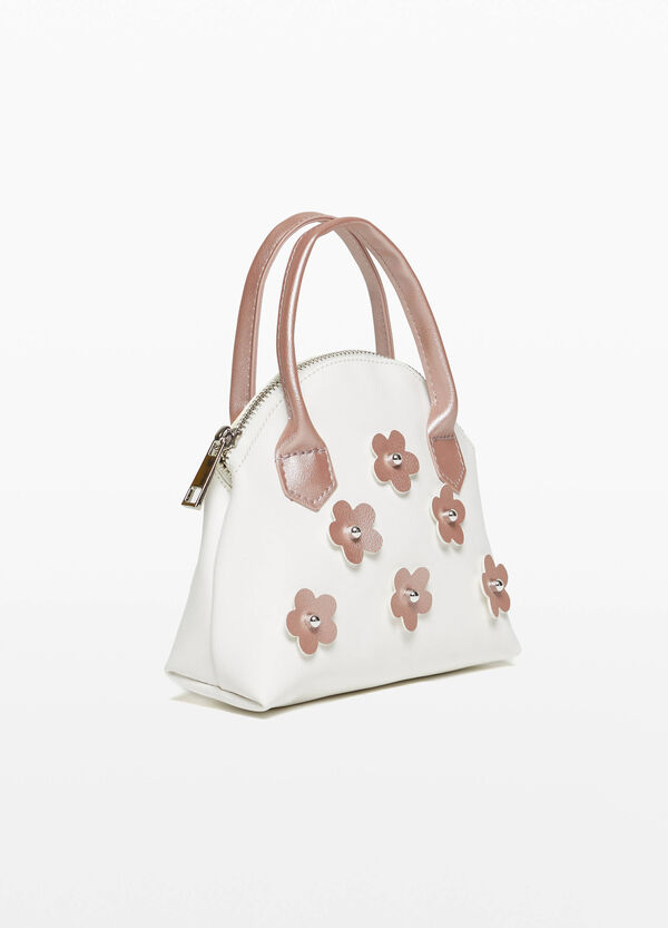 Shiny handbag with flowers and beads