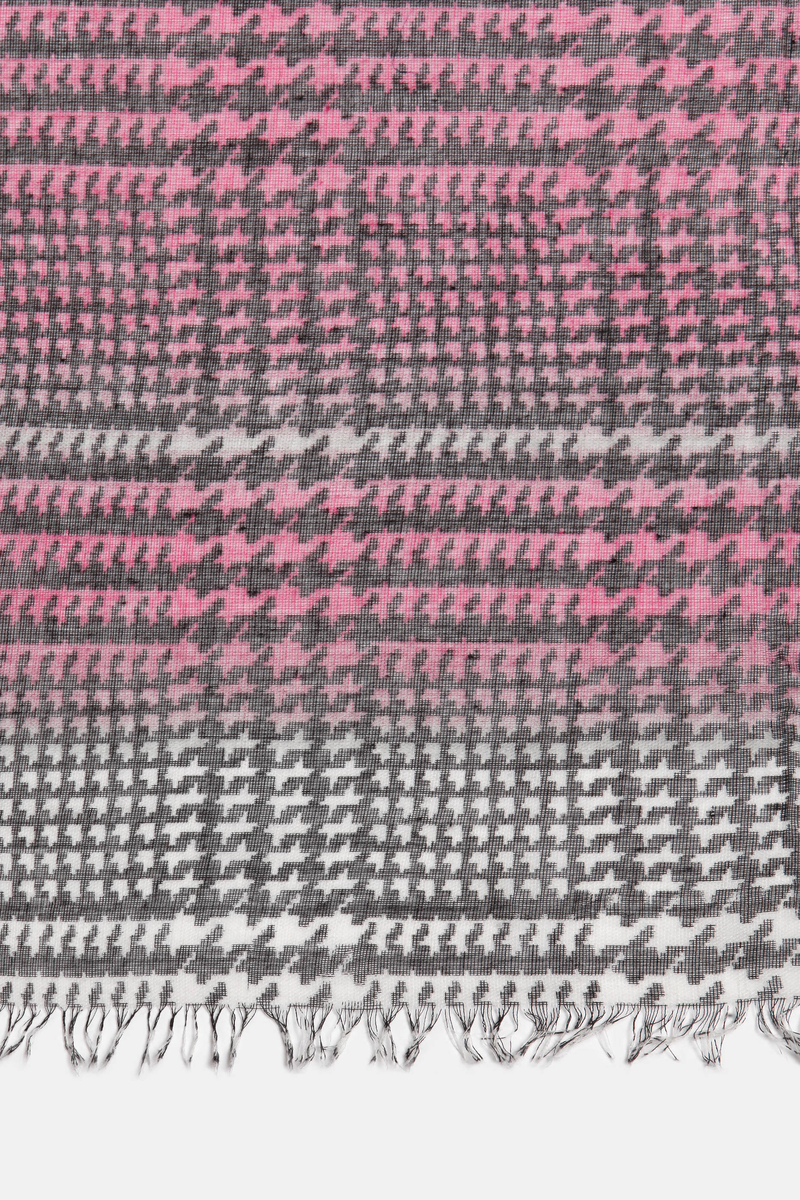 Houndstooth scarf image number null
