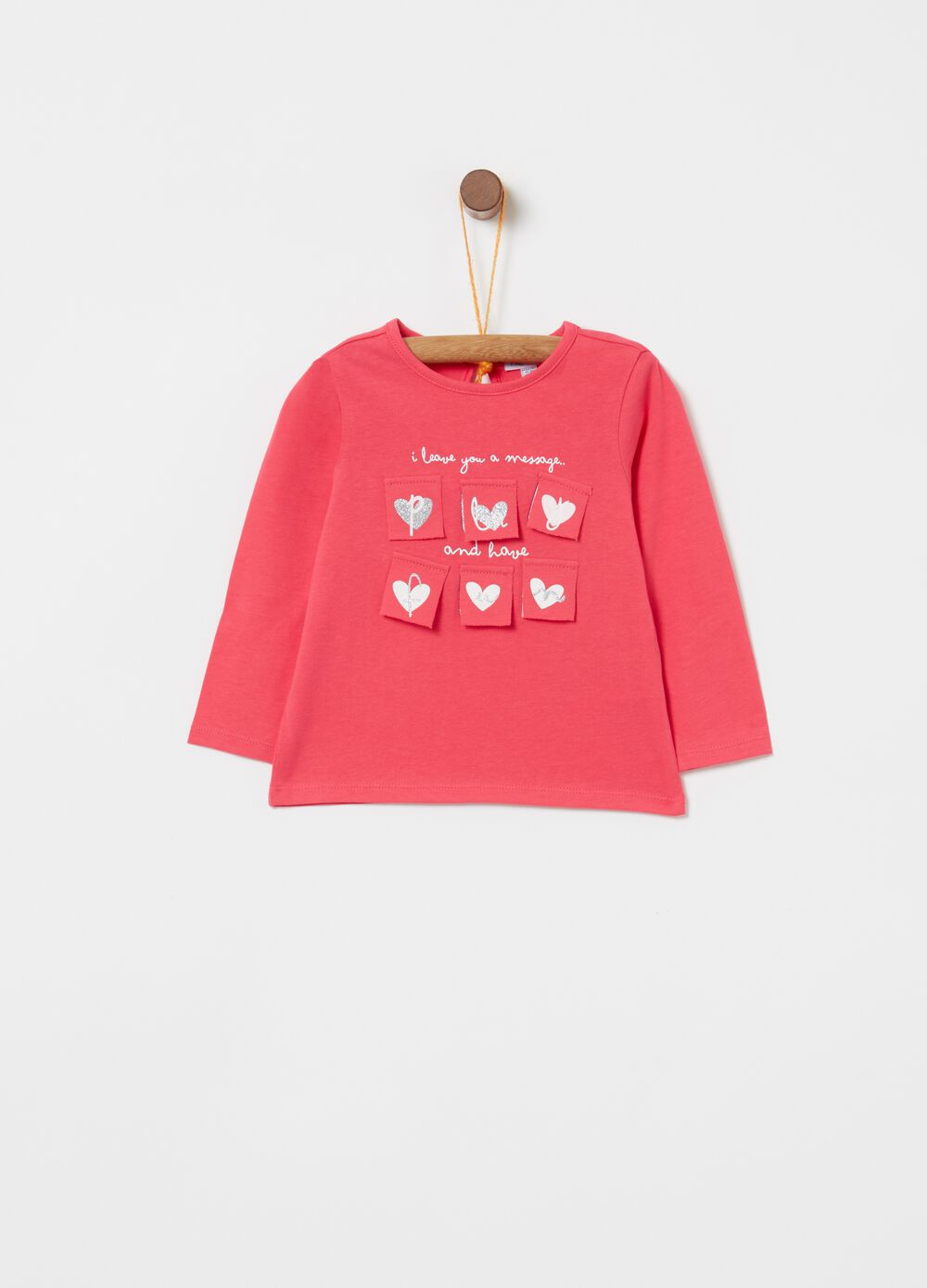 T-shirt in cotone stretch con patch e stampa