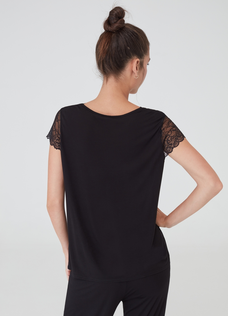 Pyjama top with lace insert image number null