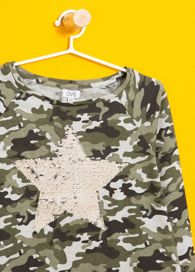 Camo stretch T-shirt with sequins