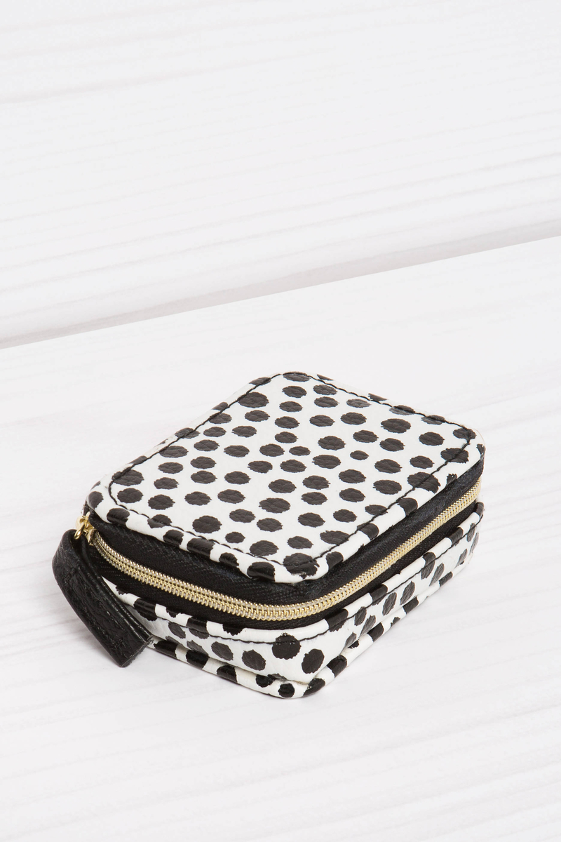 Eight-compartment pillbox with polka dot pattern image number null