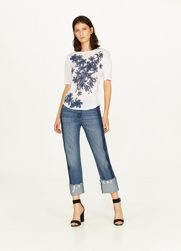 100% linen T-shirt with a floral print