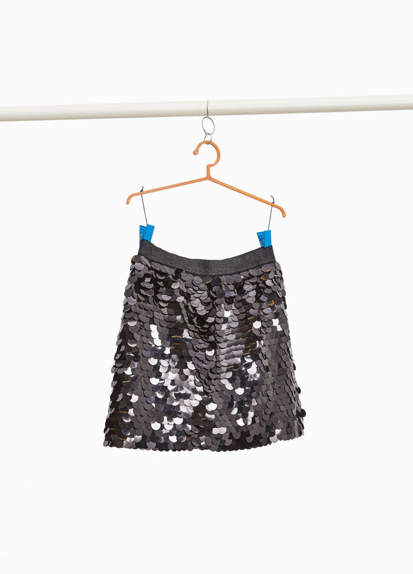 Solid colour sequinned skirt.