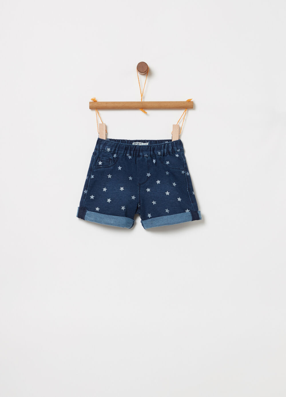 Shorts in denim vita elasticata e stelline