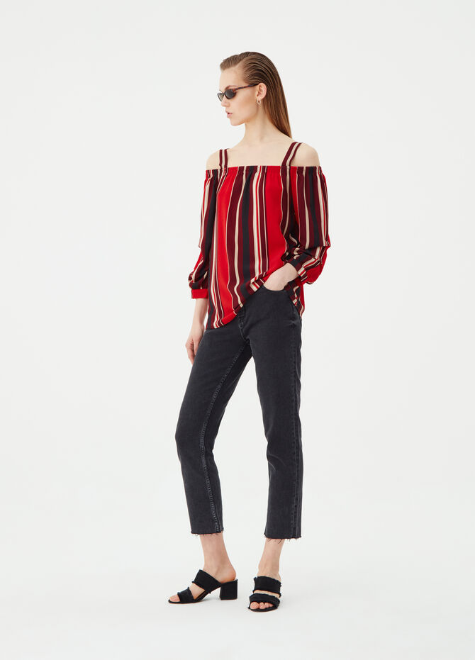 Blouse with striped bare shoulders