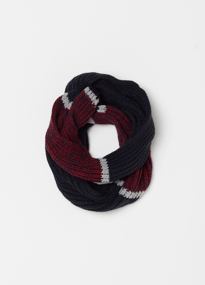 Long two-tone knitted scarf image number null