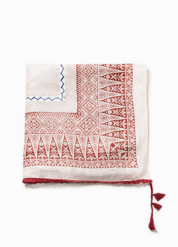Patterned scarf with tassels | OVS